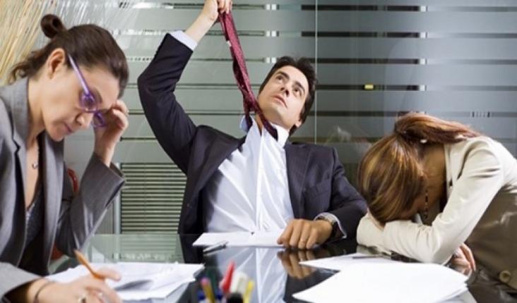 İş Yerindeki Sıkıcı Görevleri Başarıyla Tamamlamak İçin 4 Faydalı Öneri1